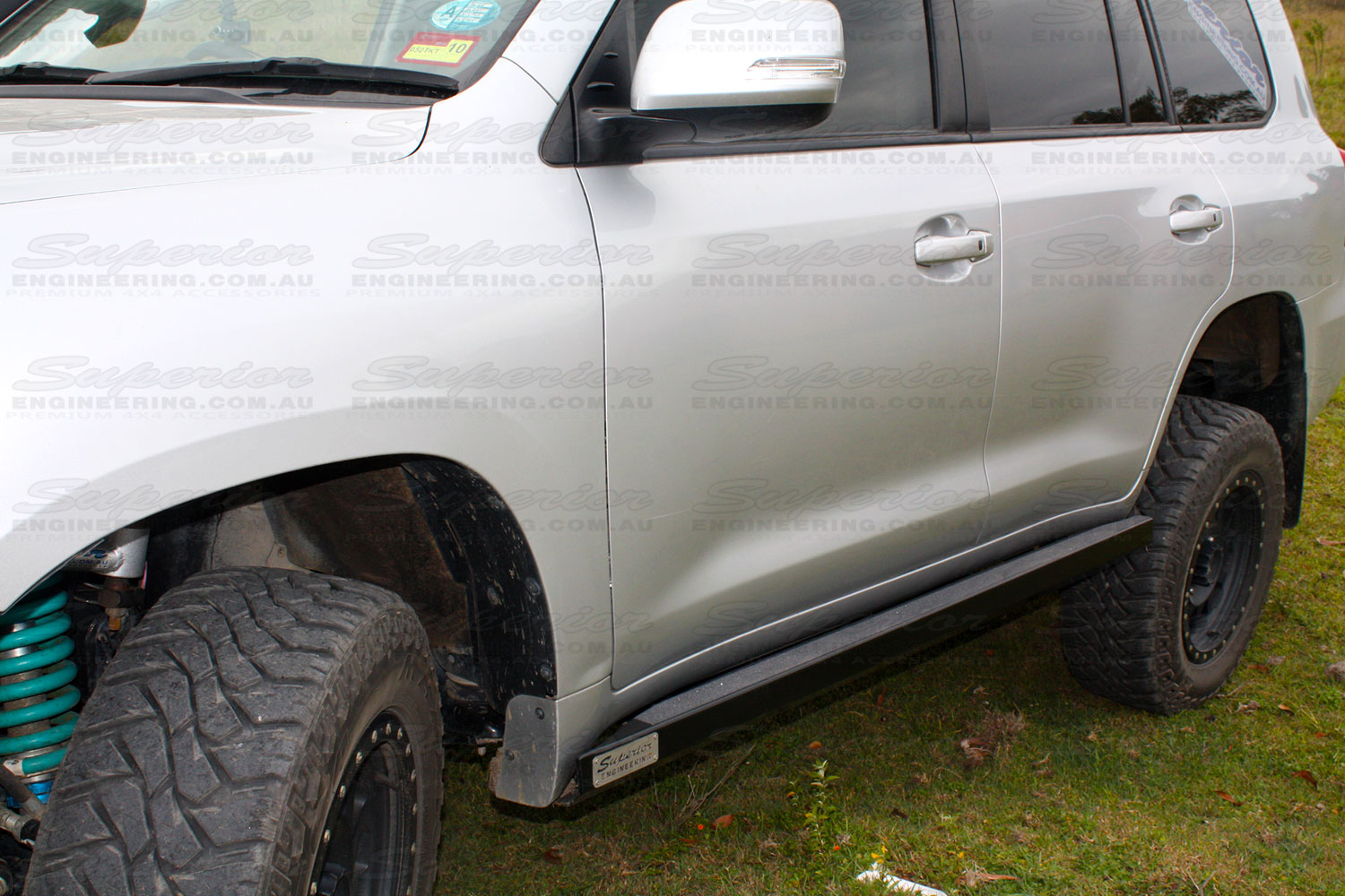 Heavy duty Stealth Rock Slider to suit the 200 Series Toyota Landcruiser