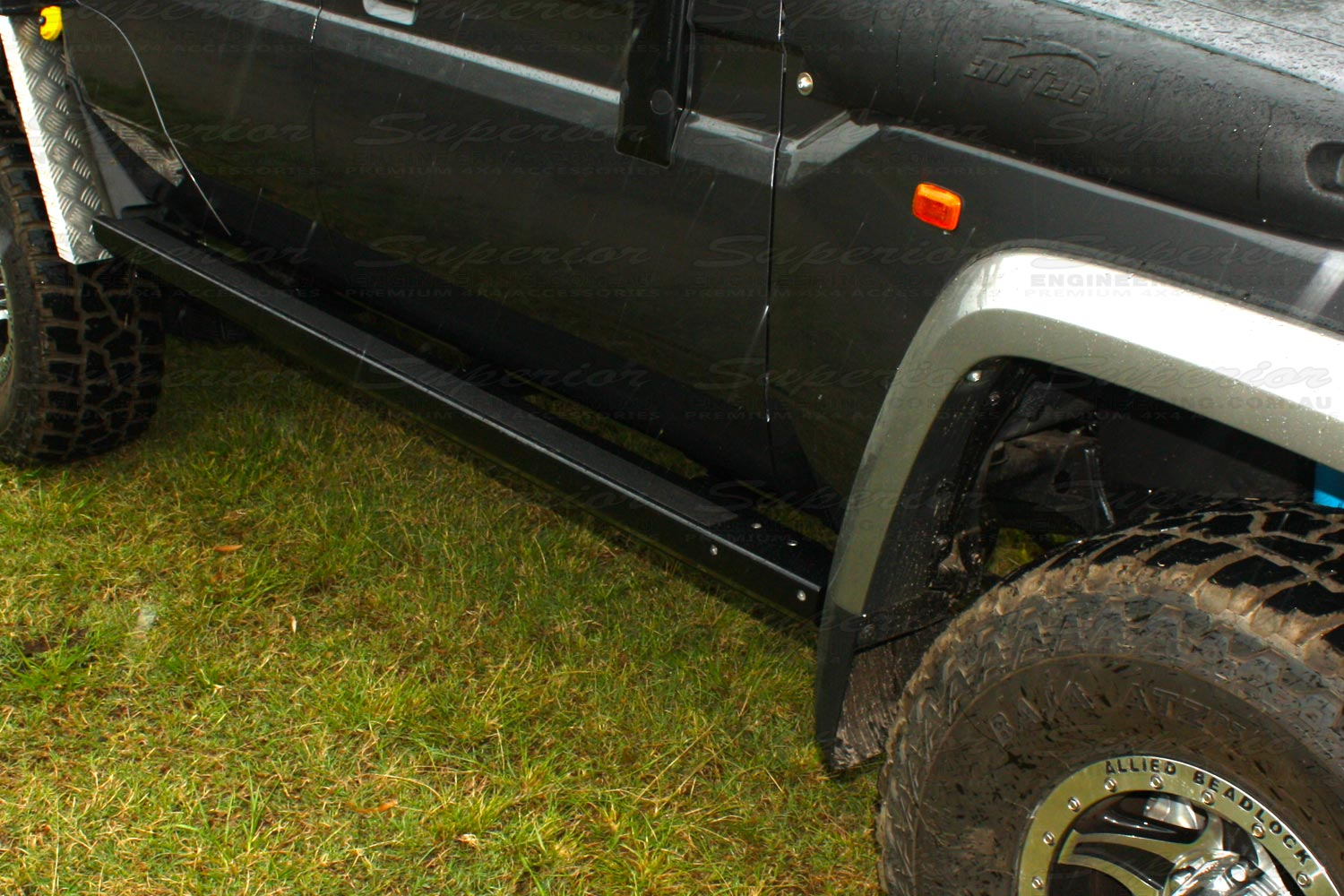 Stealth Rock Sliders Toyota Landcruiser 79 Series
