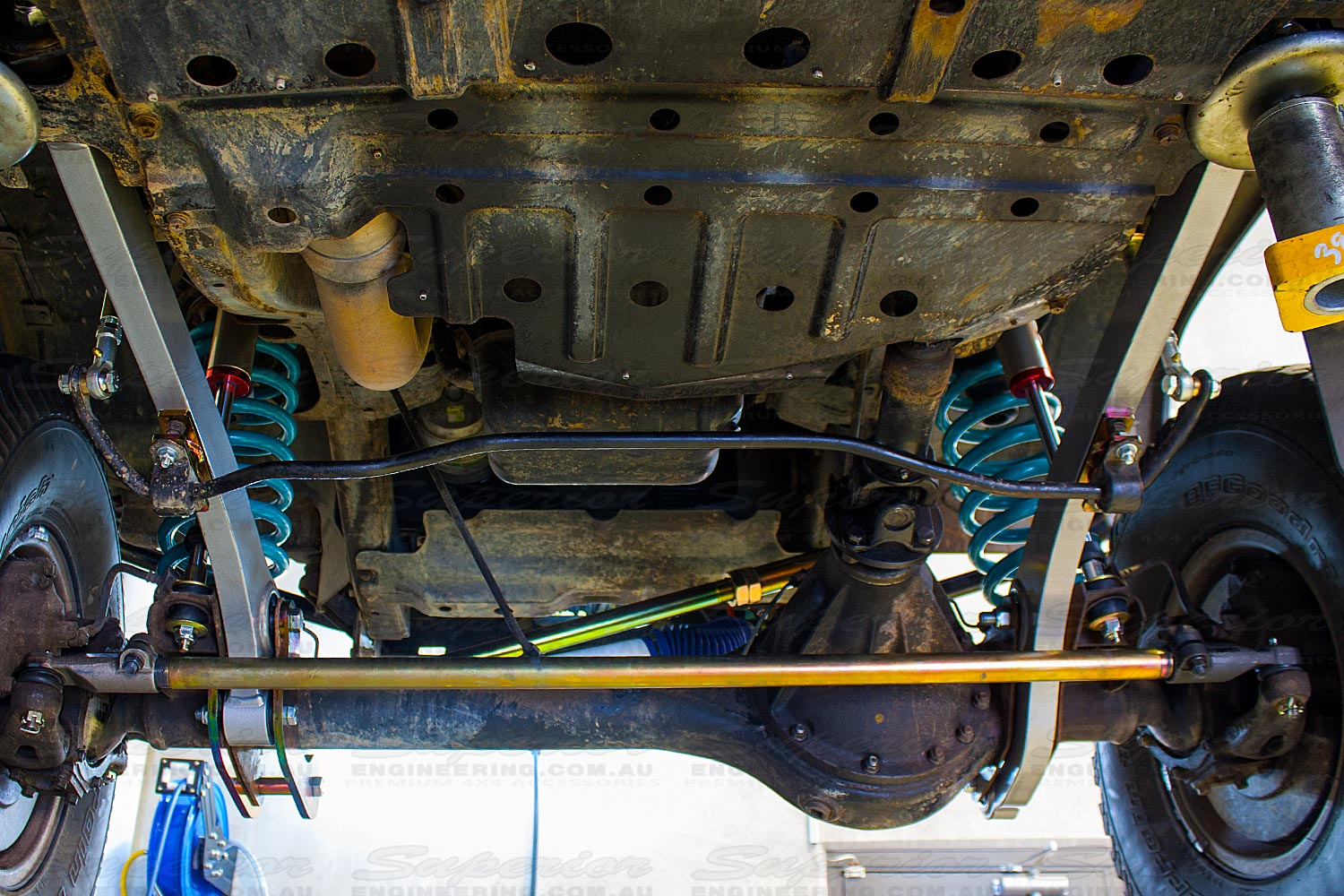 Superior Engineering tie rod fitted to a 4wd vehicle