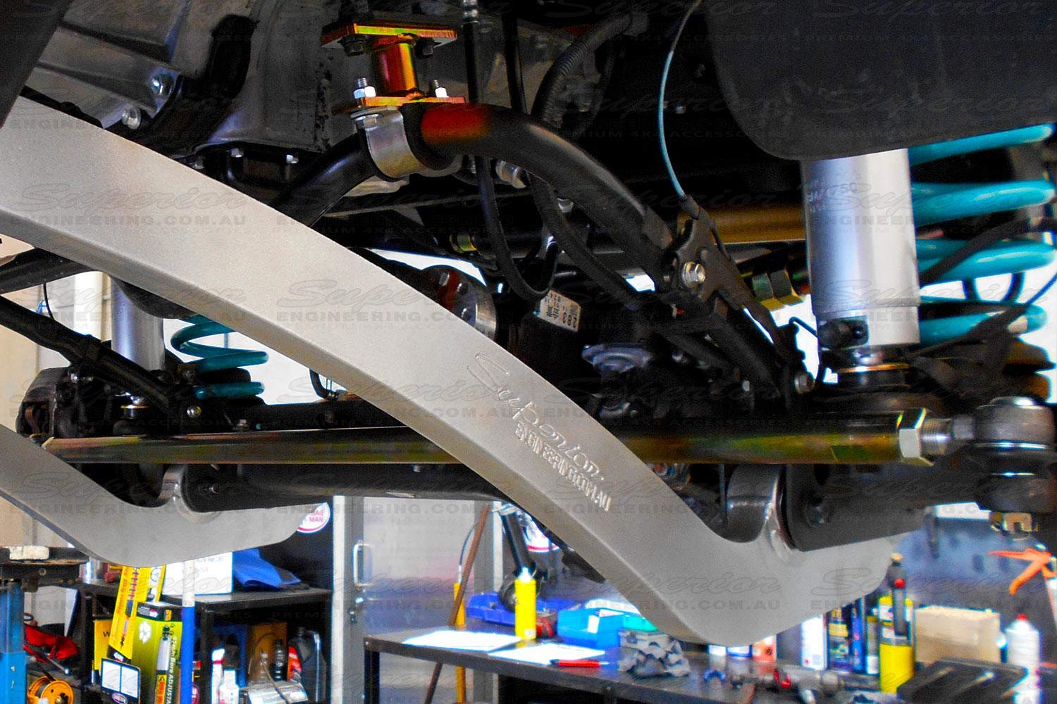 A heavy duty Superior Engineering tie rod steering arm fitted on a 4x4 vehicle